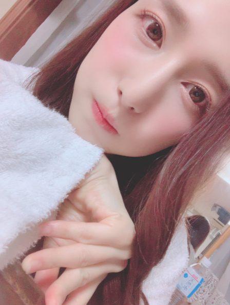 iori-bathrobu